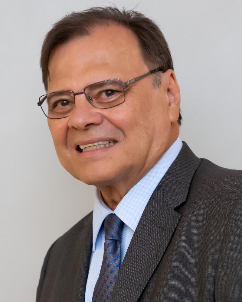 """Dr. Luiz Alberto Ferriani: """"A mulher deve  dar mais atenção aos cuidados na menopausa""""."""