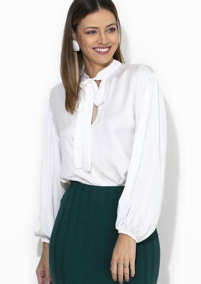 Camisa em cetim com elástico na barra da manga - Posthaus - SempreBem