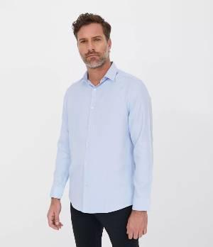 Camisa social classic maquinetada, em azul claro